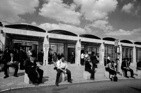 Waiting_For_The_Bus_Jerusalem_1999